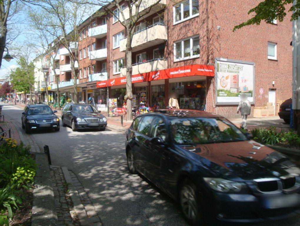 Bahnhofstr. 59 Nh. Spitzendorfstr. re. quer