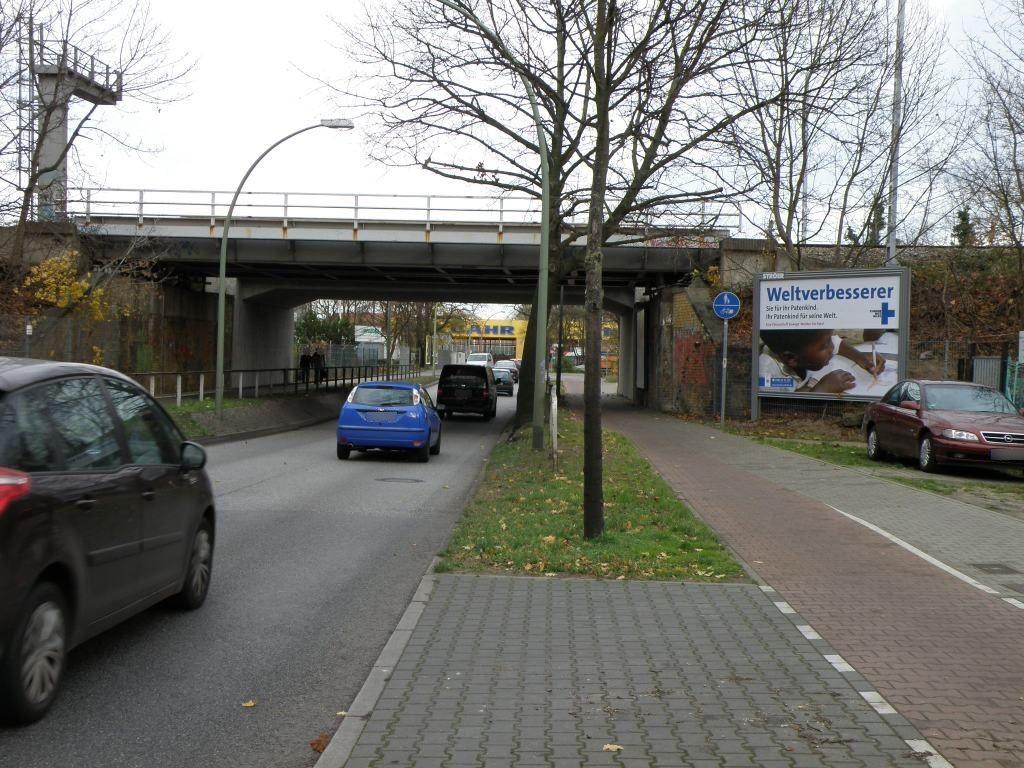 Rixdorfer Str. 22 vor Brücke quer