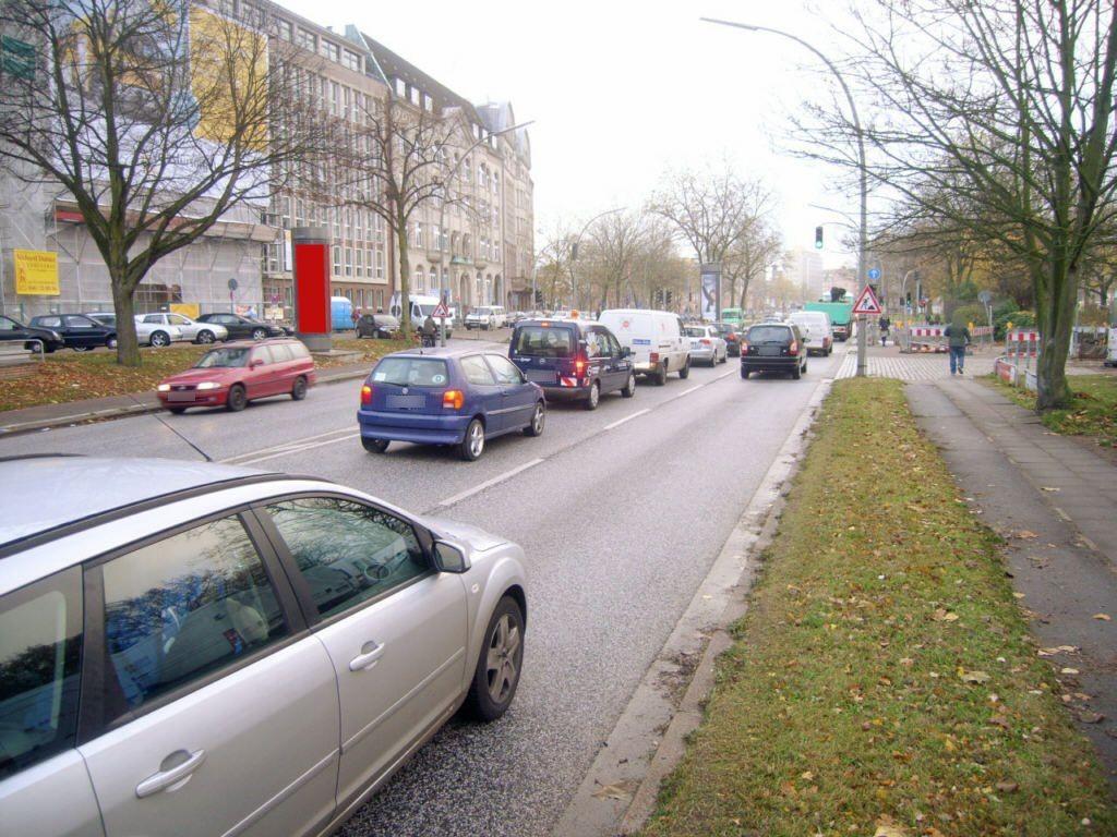 Kurt-Schumacher-Allee  43/Kreuzweg