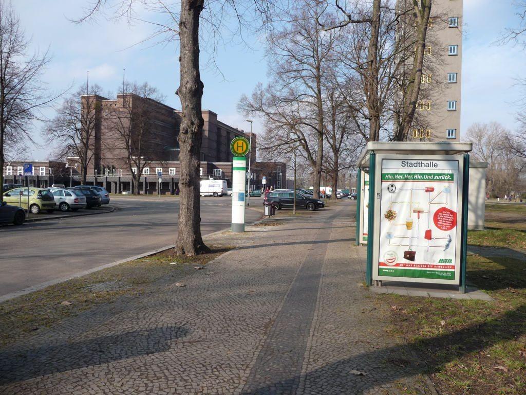 Heinrich-Heine-Platz/Stadthalle re. We.re.
