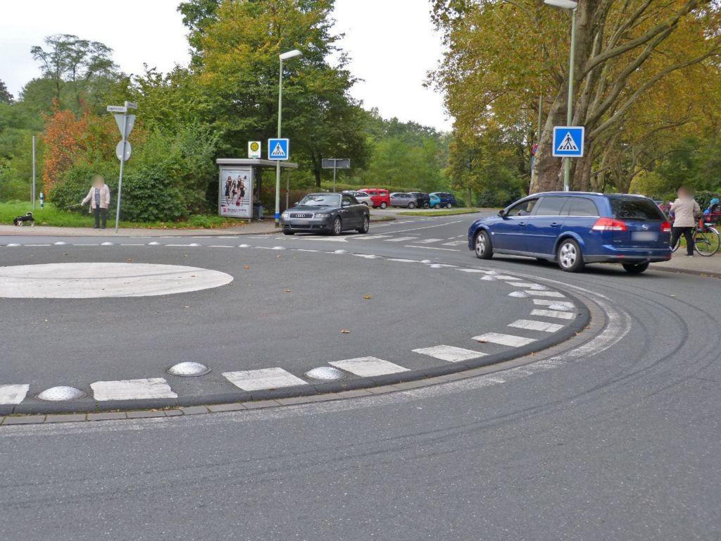 Fahrner Str. geg. 60/Ziegelhorststr./We.li.
