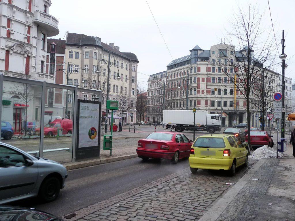 Otto-von-Guericke-Str.  55/Hasselbachplatz li. RS