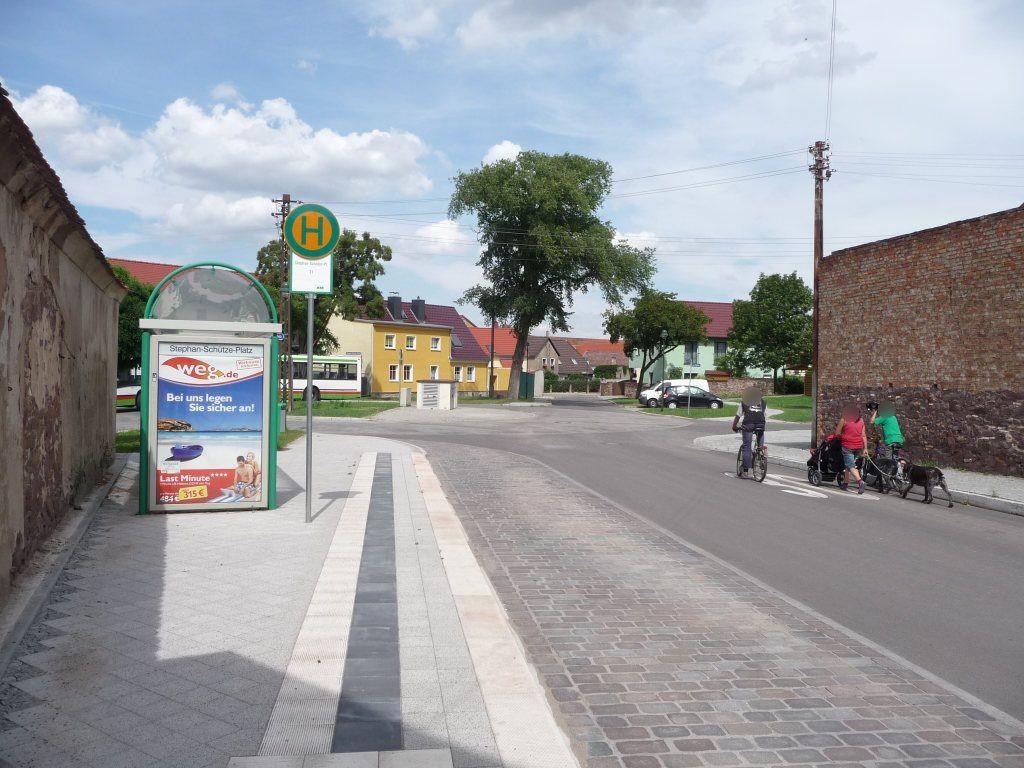 Stephan-Schütze-Platz/Helmstedter Ch. We.li.