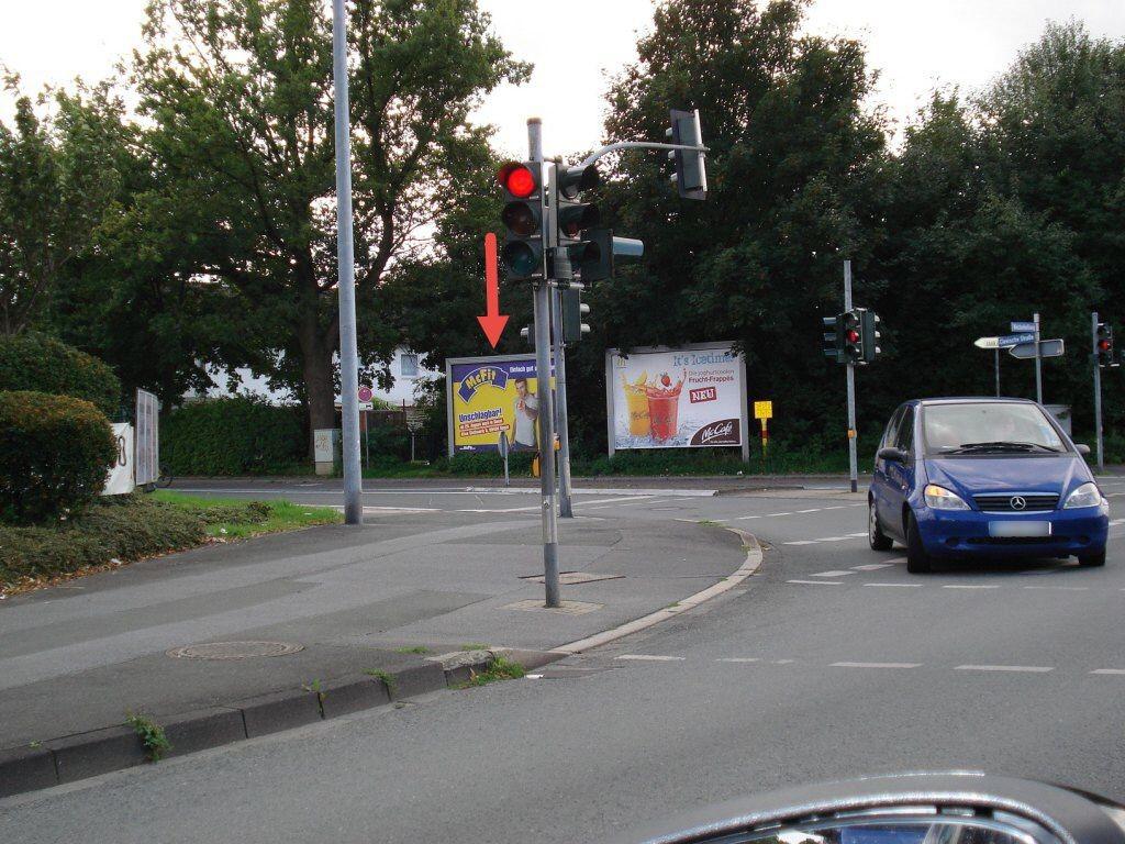 Clevische Str./Werler Landstr. li.
