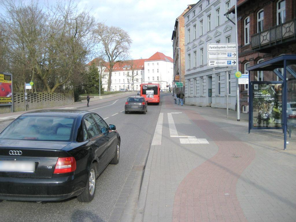 Knaudtstr. HST Bergstr. Ri. Schelfwerd/FGU/We.re.