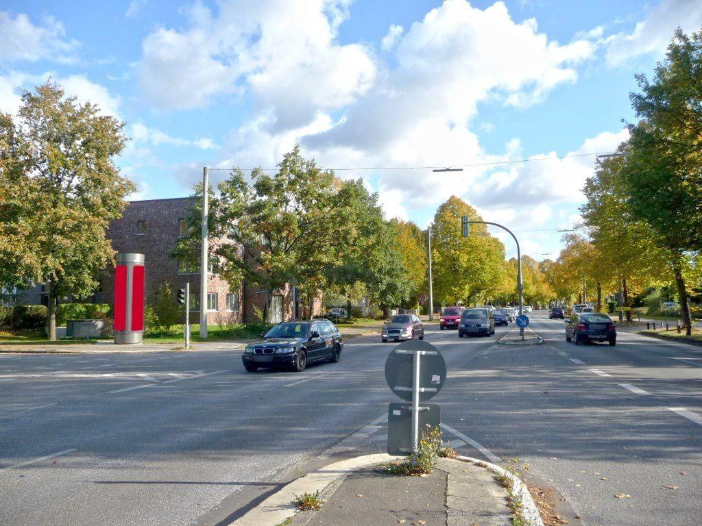 Friedrich-Ebert-Str./Hadermanns Weg geg. Hallenbad