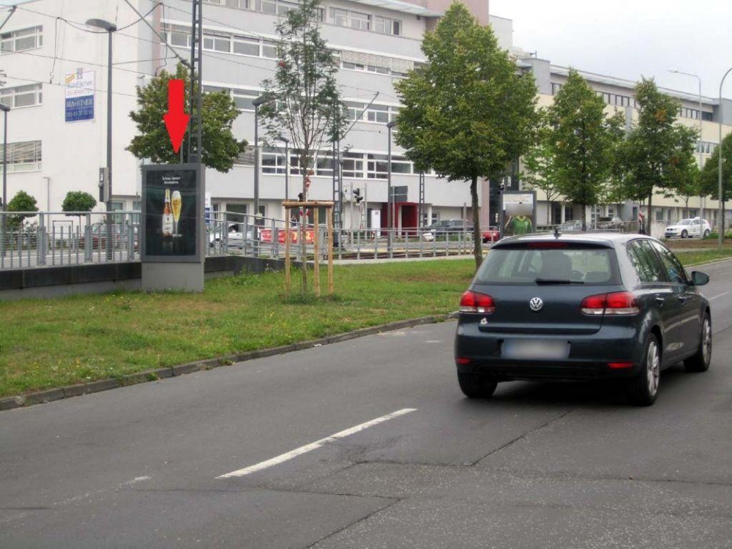 Berliner Str./Hohemarkstr./saw./Vitrine 3/We.li.