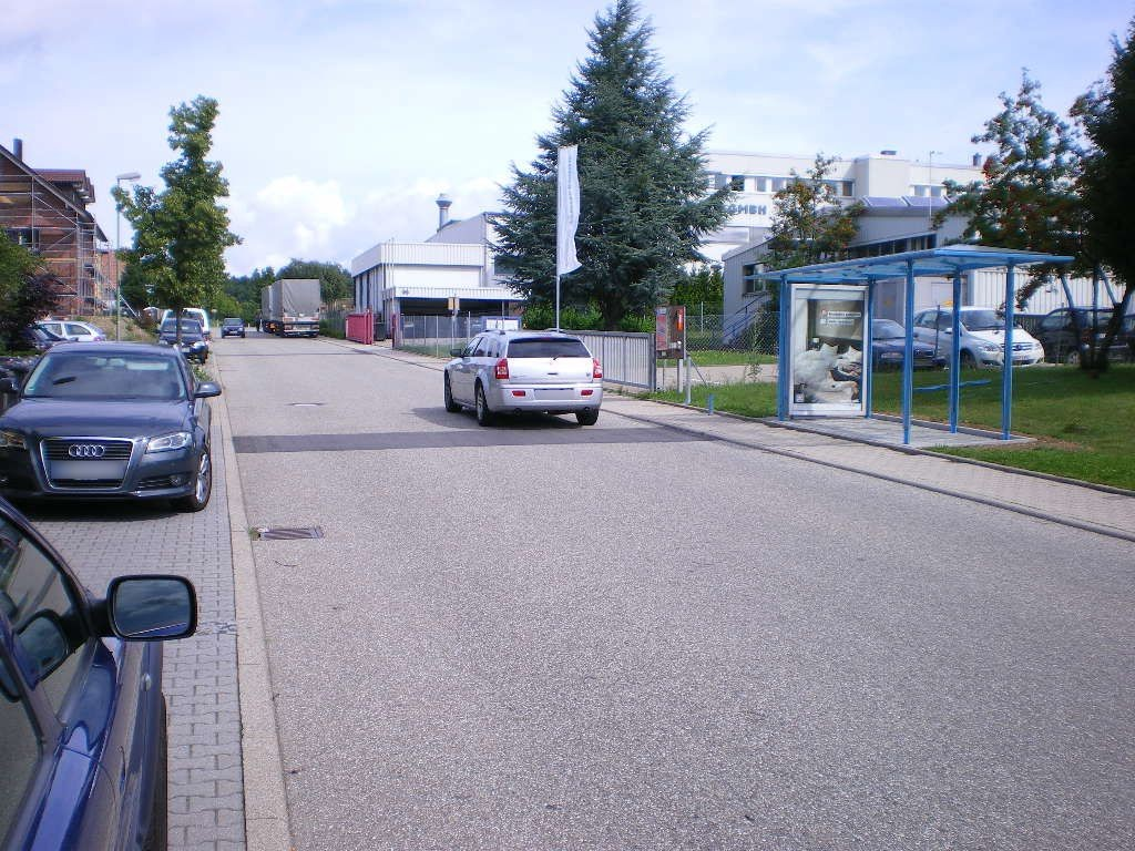 Industriestr.  92/HST Mittlerer Hardweg/We.re.