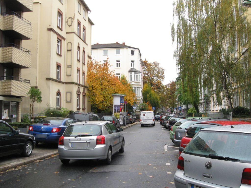 Bornwiesenweg  32/Lersnerstr.