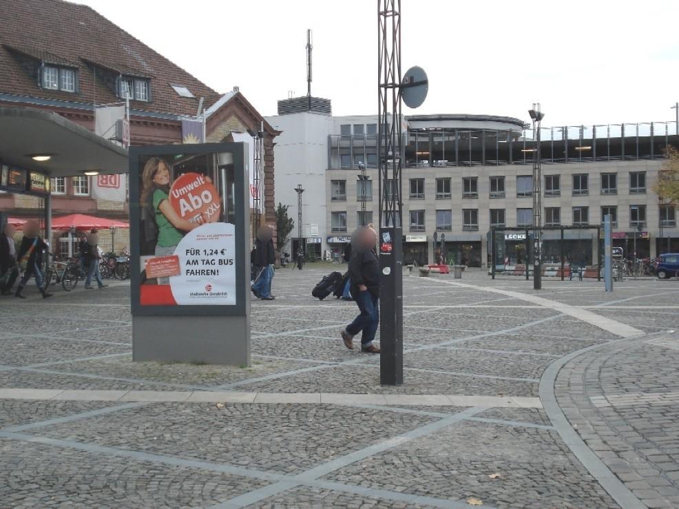 Theodor-Heuss-Platz/Vorplatz li./We.li.