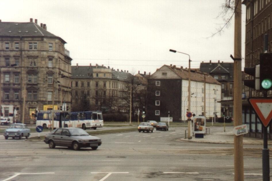 Bernsbachplatz/Reitbahnstr./We.re.