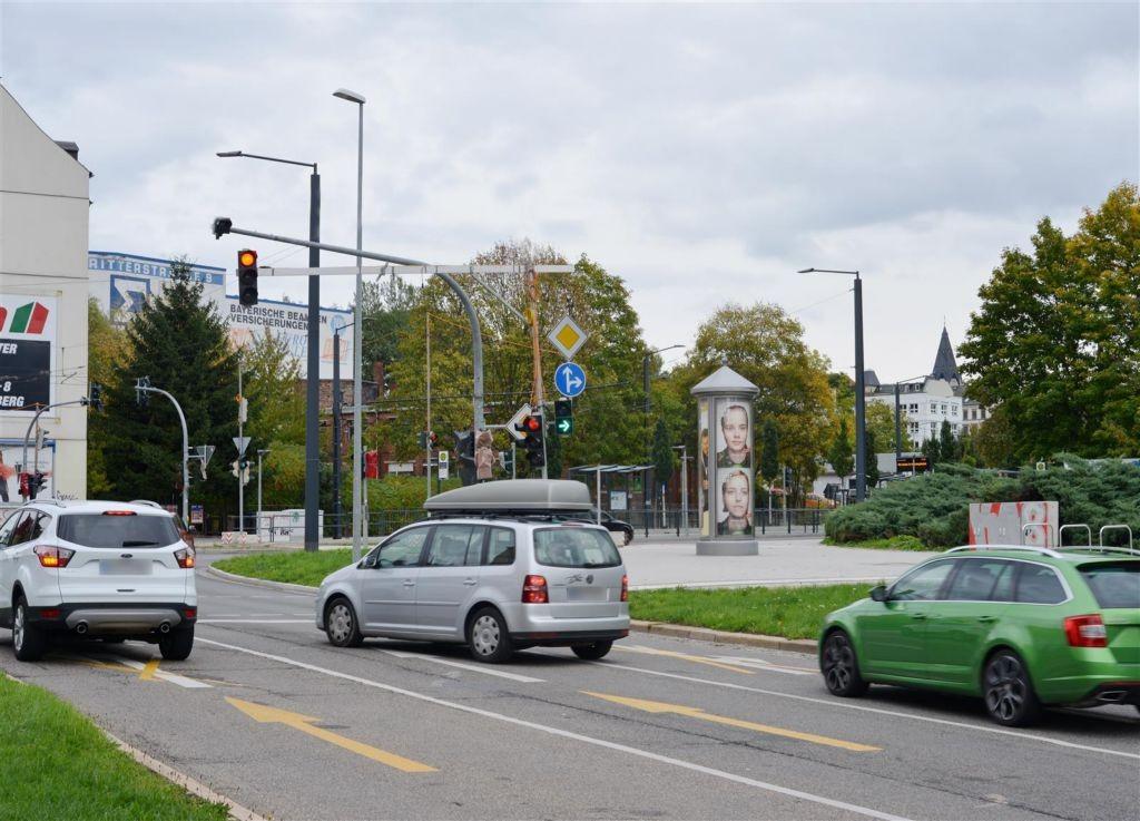 Bernsbachplatz/Bernsdorfer Str./S.1