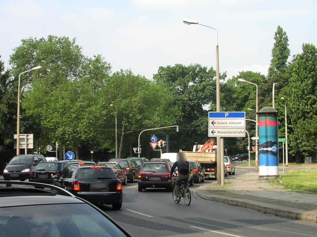 Palaisplatz/Robert-Blum-Str.
