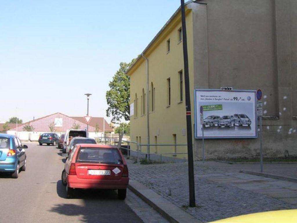 Berliner Str. li. neb.  84