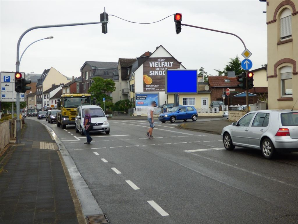 Kölner Str.  25/We.re. CS