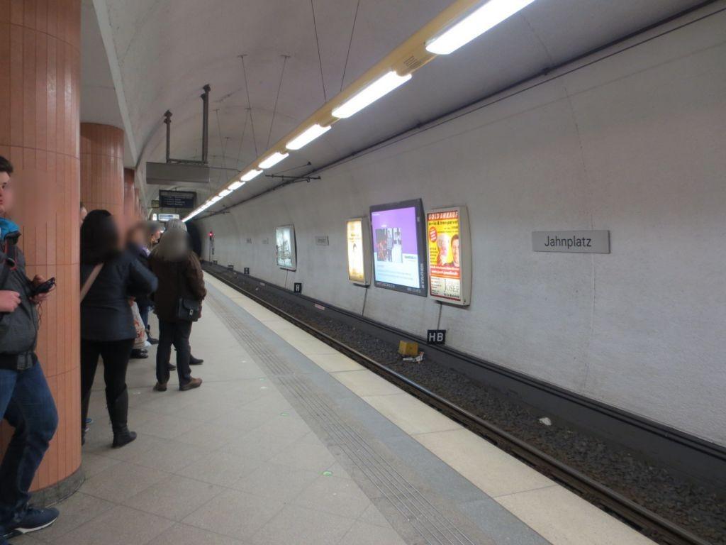 Jahnplatz 1, U-Bahnstation, FR. Sieker 2.Sto.