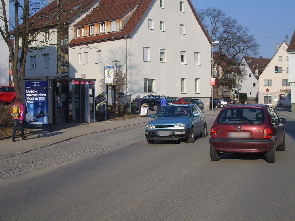Lustnauerstr./Kirche/ HST Pfrondorf Rathaus We.li.