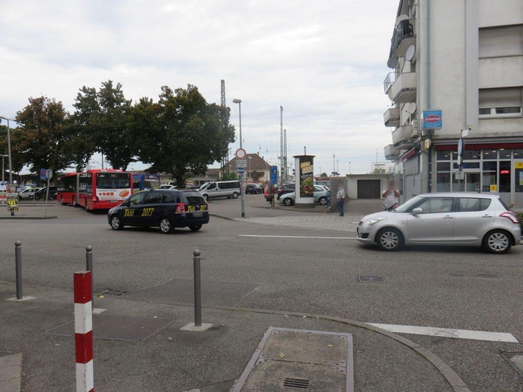 Bahnhofvorplatz  12 geg. Amalienstr.