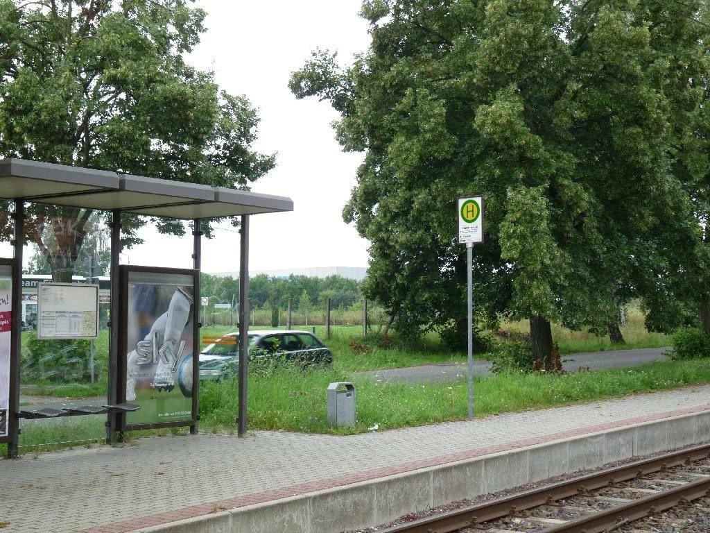 Buckower Str./Gartenstadt / Si. Bahn re.