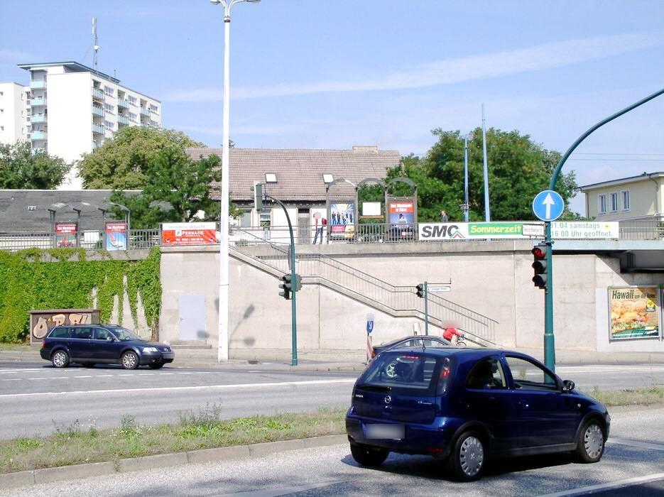 Leipziger Str./Hildebrand Brücke sew./re. Si. Str.