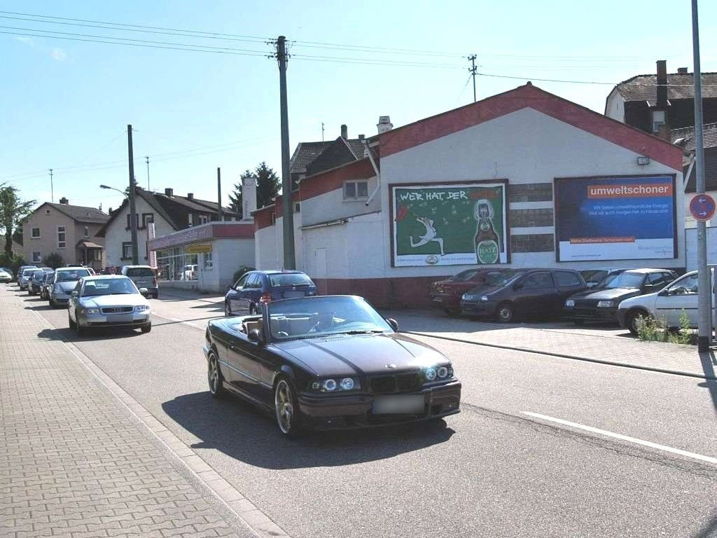 Ooser Hauptstr.  44 quer/Si. Wilhelm-Trapp-Str.
