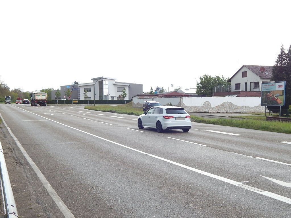 Am Badweg   1/Richard-Haniel-Str.