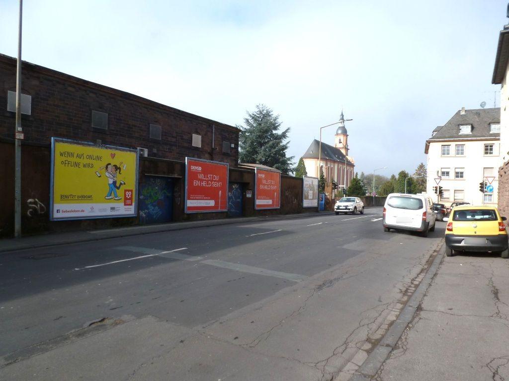 Schönbornstr. 2/Schöndorfer Str.