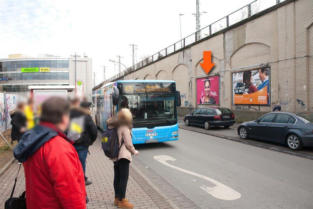 Hbf, Paul-Winzen-Str. zw.Zug.U-Bahn u.Hbf,5. Tafel