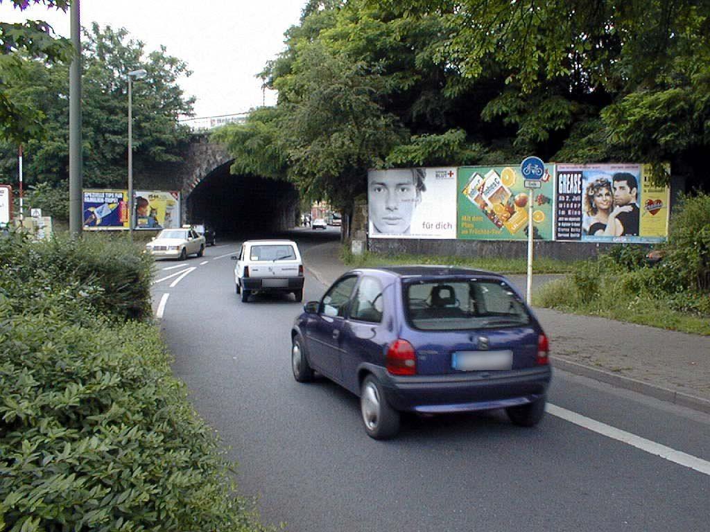 Benninghofer Str./vor Bahn-Ufg./2. Sto.