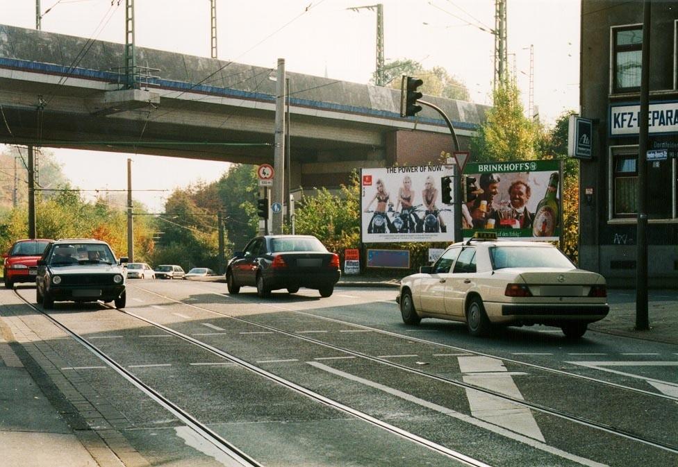 Dorstfelder Hellweg/Heyden-Rynsch-Str. neb. 90