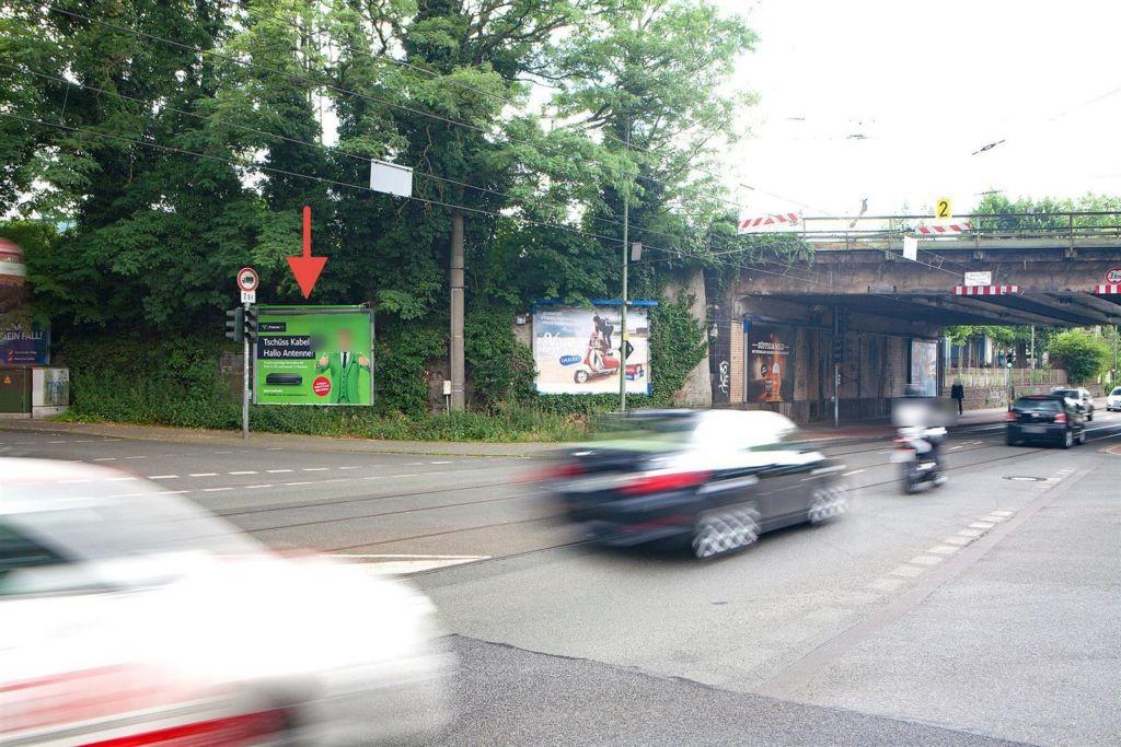 Walzstr./Bahnhofstr./li. vor DB-Brücke