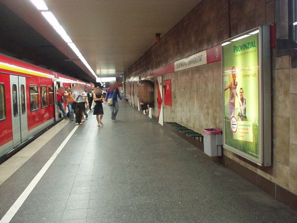 S-Bf Universität, Bstg. Gleis 1, 2. Sto.