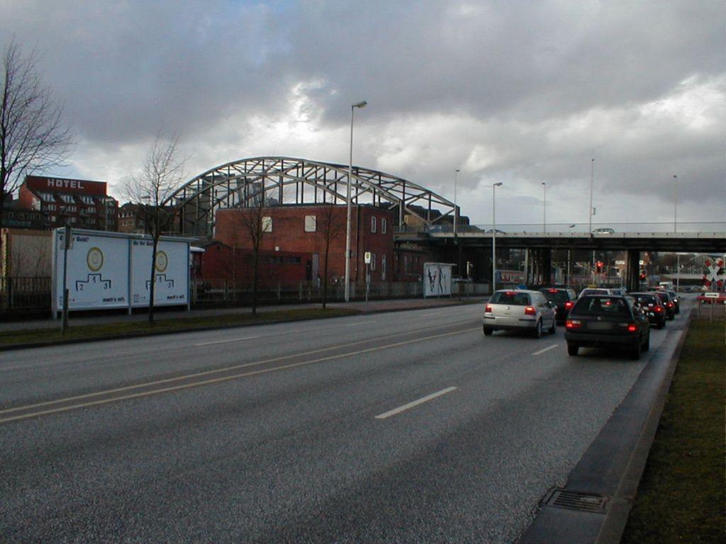Bahnhofstr. Nh. Gablenzbrücke