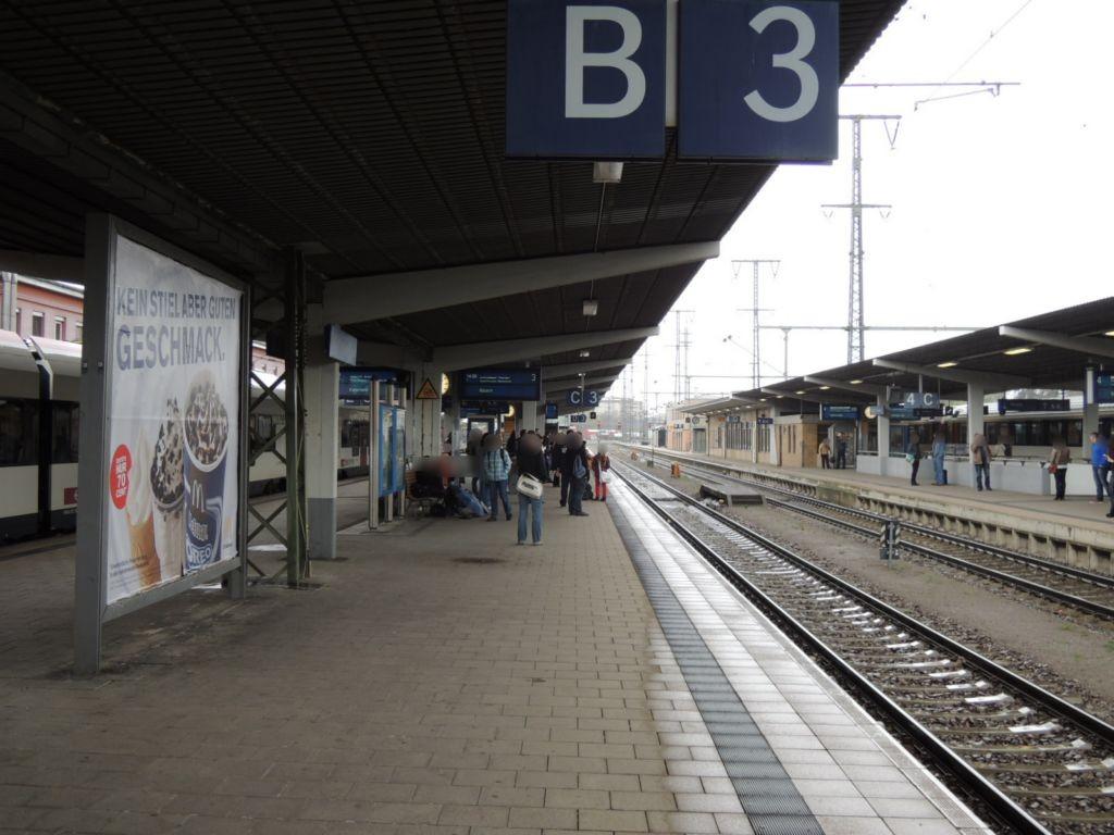 Hbf, Bstg., Gleis 3