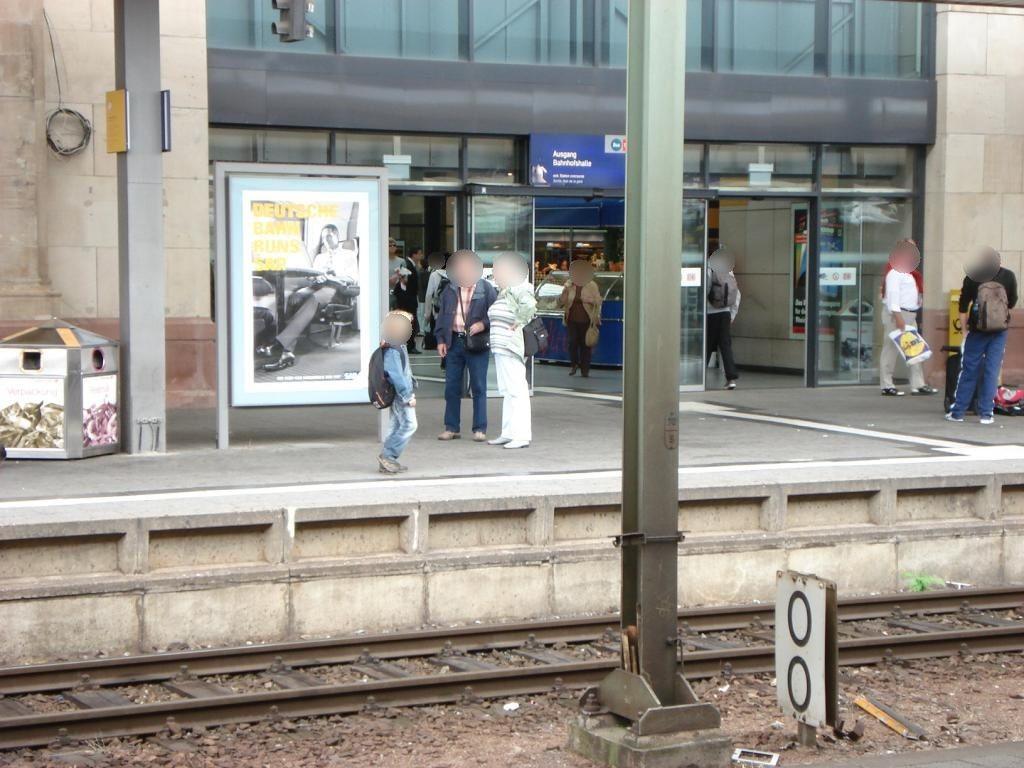 Hbf, Bstg.,Gleis 1, SichtBstg., 1. Sto.