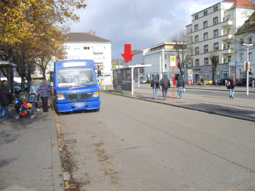 Bf, Bf-Vorplatz, Busbstg. 2, Wartehalle 2 /RS