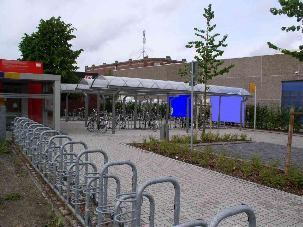 Zum Bahnhof/Bf Epe/DB-Gebäude VS links