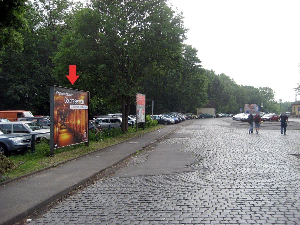 Bf / Bahnhofvorplatz
