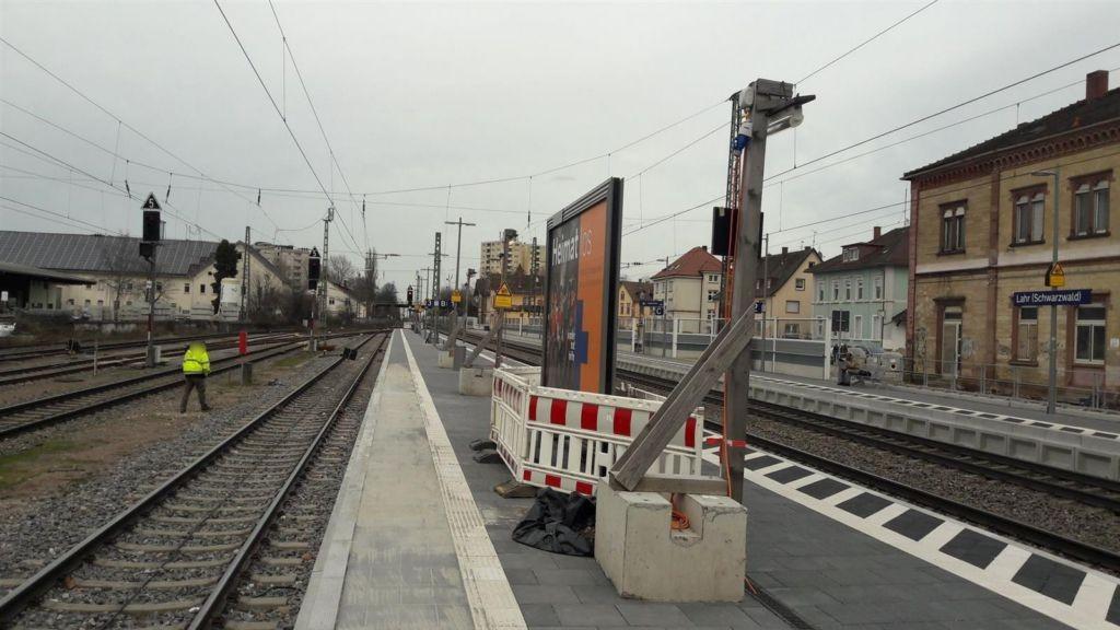 Bf., Bahnsteig, Gleis 3
