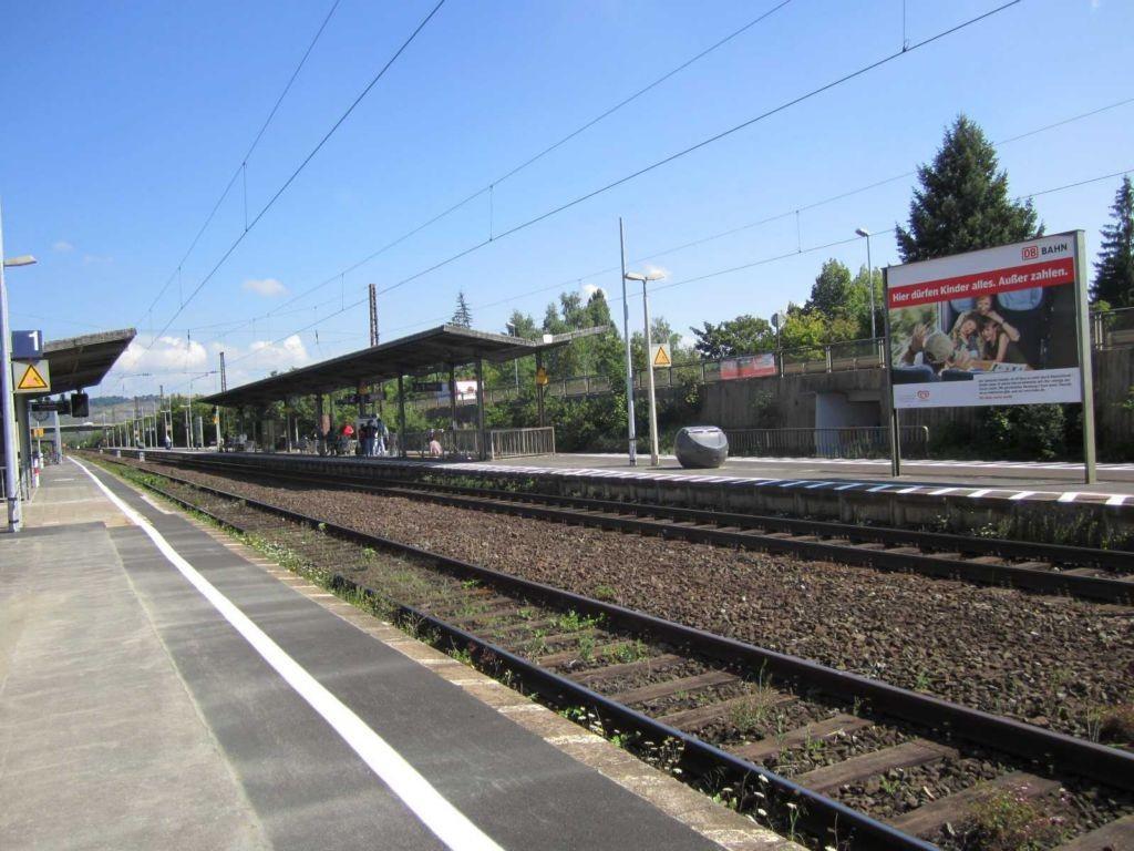 Bf Karlstadt, Bstg., Gleis 2/3 rechte Seite VS
