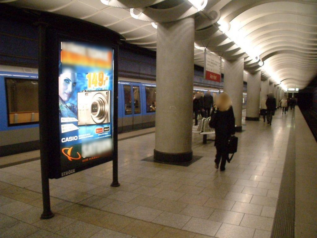 Am Hart/U-Bahnsteig Gleis 1 Ri. Feldmoching 1.Sto.