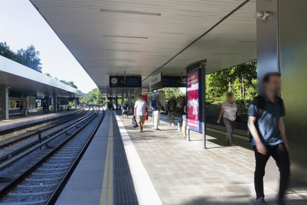 Kieferngarten/Süd/U-Bahnsteig Gl.4