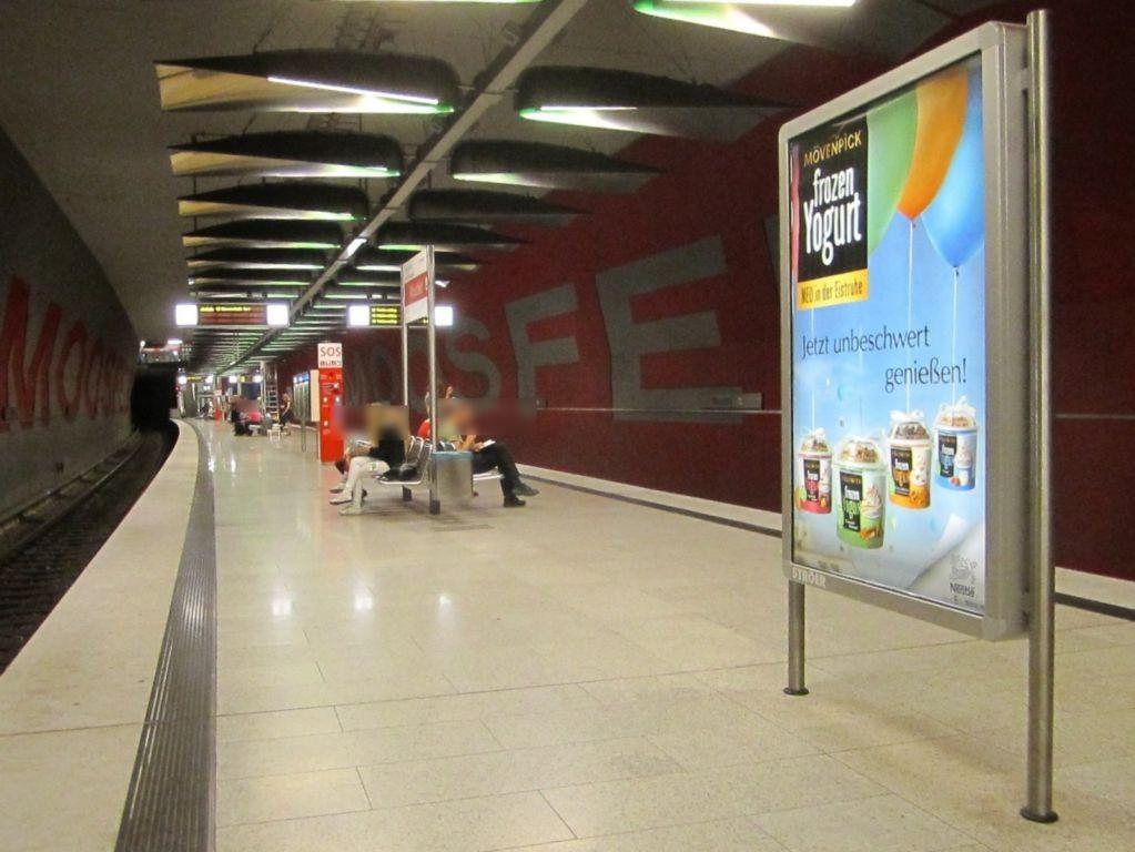 Moosfeld/U-Bahnsteig Gleis 1, 1. Sto.