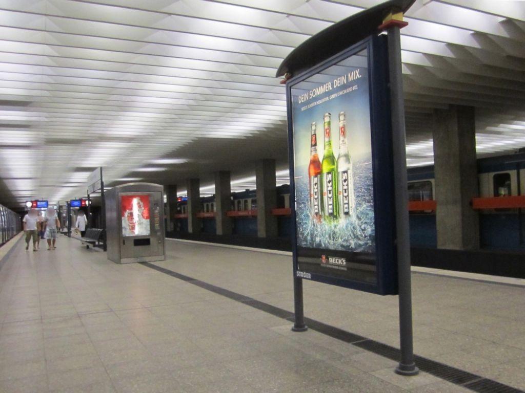 Olympiazentrum/Bahnsteig Gleis 1 Süd
