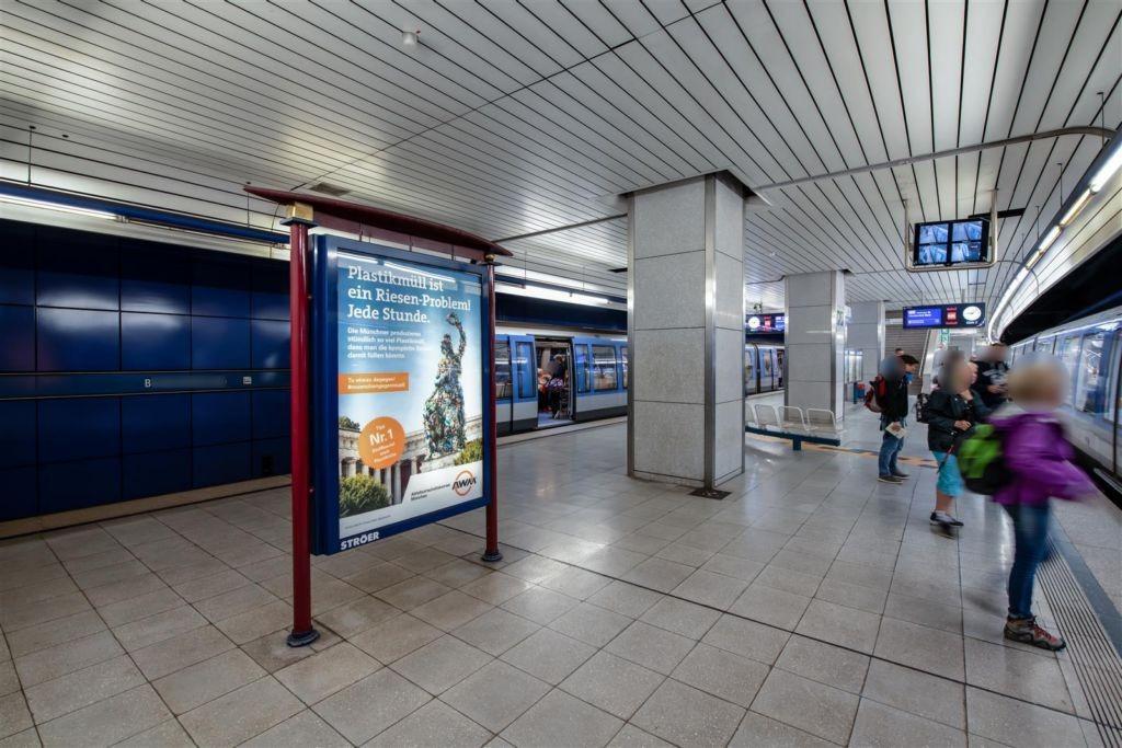 Brudermühlstr./U-Bahnsteig Gleis 2, 1. Sto.