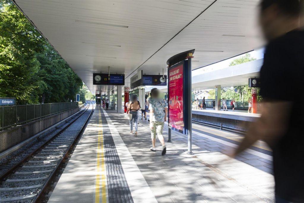 Kieferngarten/Nord/U-Bahnsteig Gl.3