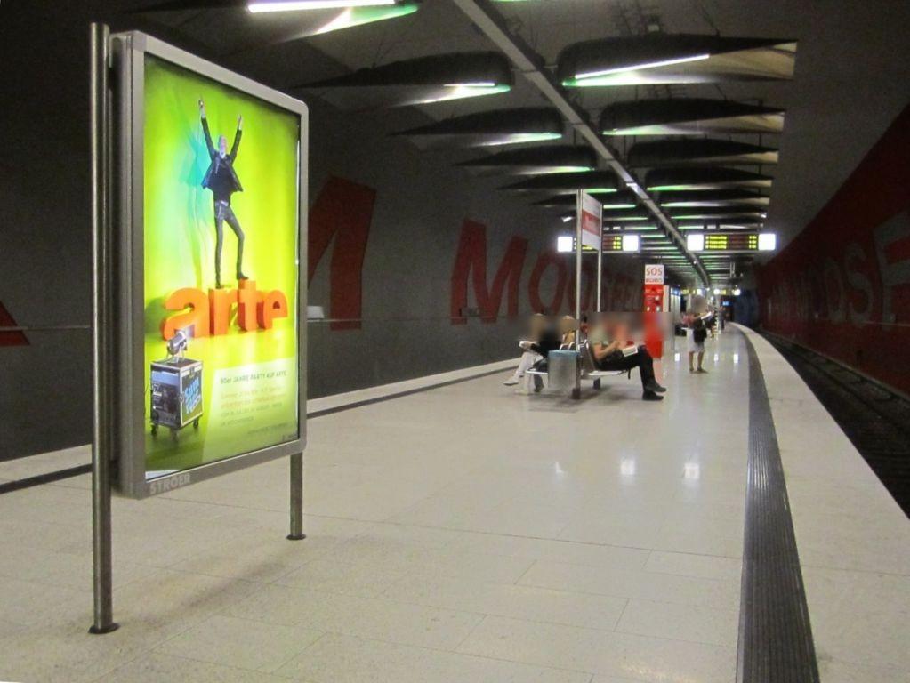 Moosfeld/U-Bahnsteig Gleis 2, 2. Sto.