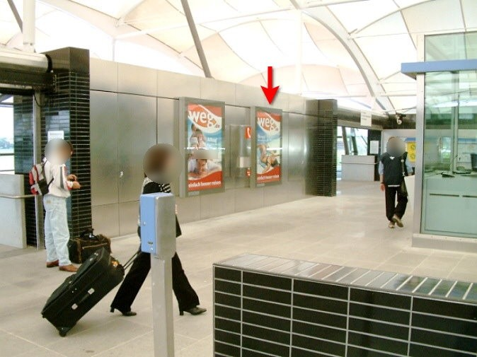 Fröttmaning/Südkopf aus. P+R Terminal li.