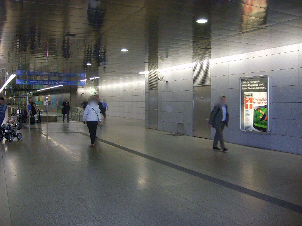 Georg-Brauchle-Ring Schalterhalle Süd Abg. U-Bahn