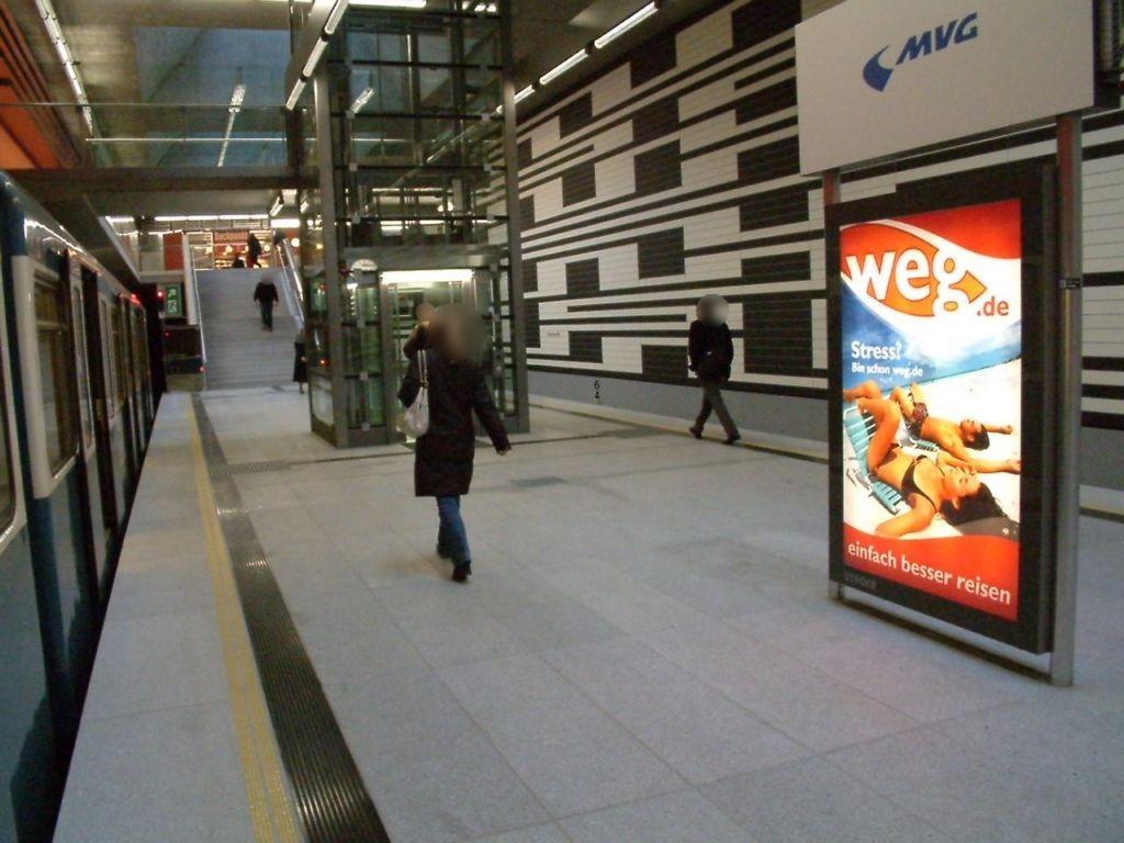 Oberwiesenfeld/ U-Bahnhof Bahnsteig Ost Gleis 1